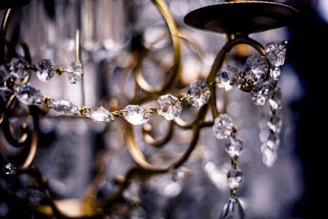 Czyszczenie kryształów – na co zwrócić uwagę