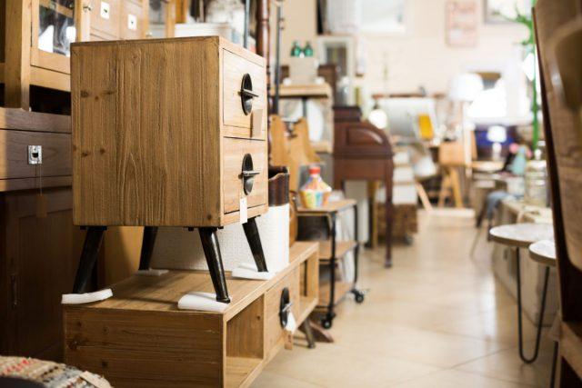 Dlaczego warto zdecydować się na meble drewniane, które są przygotowywane na zamówienie?