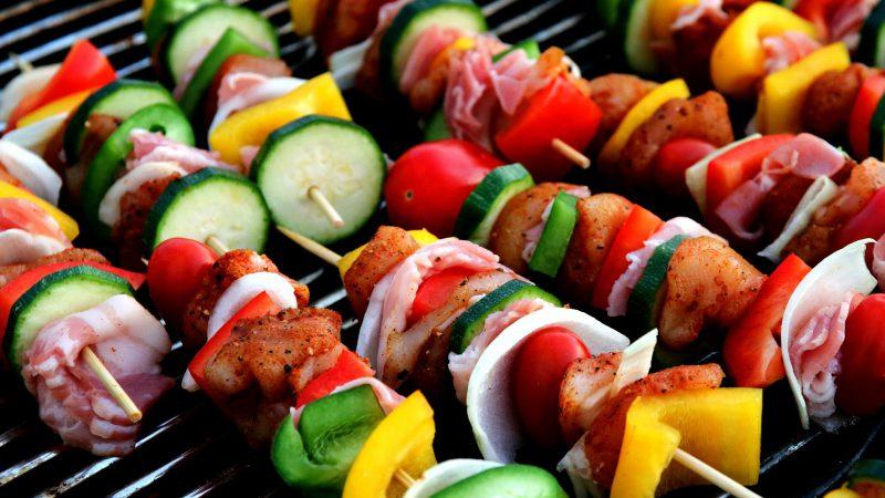 Jaki grill ogrodowy wybrać? Na co zwrócić uwagę?