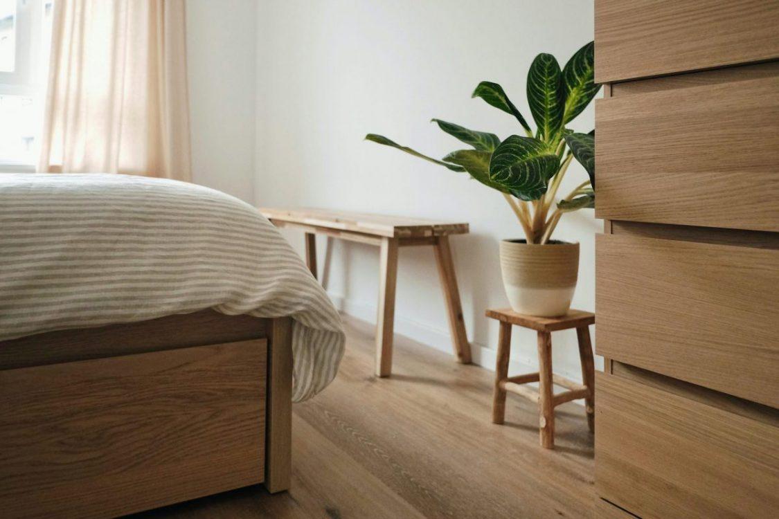 W jakich wnętrzach sprawdzą się drewniane podłogi?