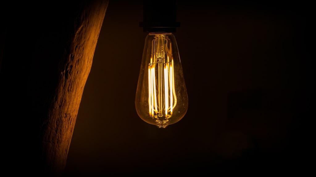 Oświetlenie domu – podstawa aranżacji wnętrz